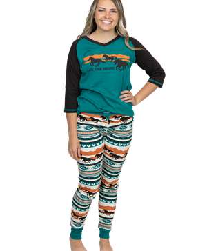 Chase Your Dreams Horse Women's Legging Set