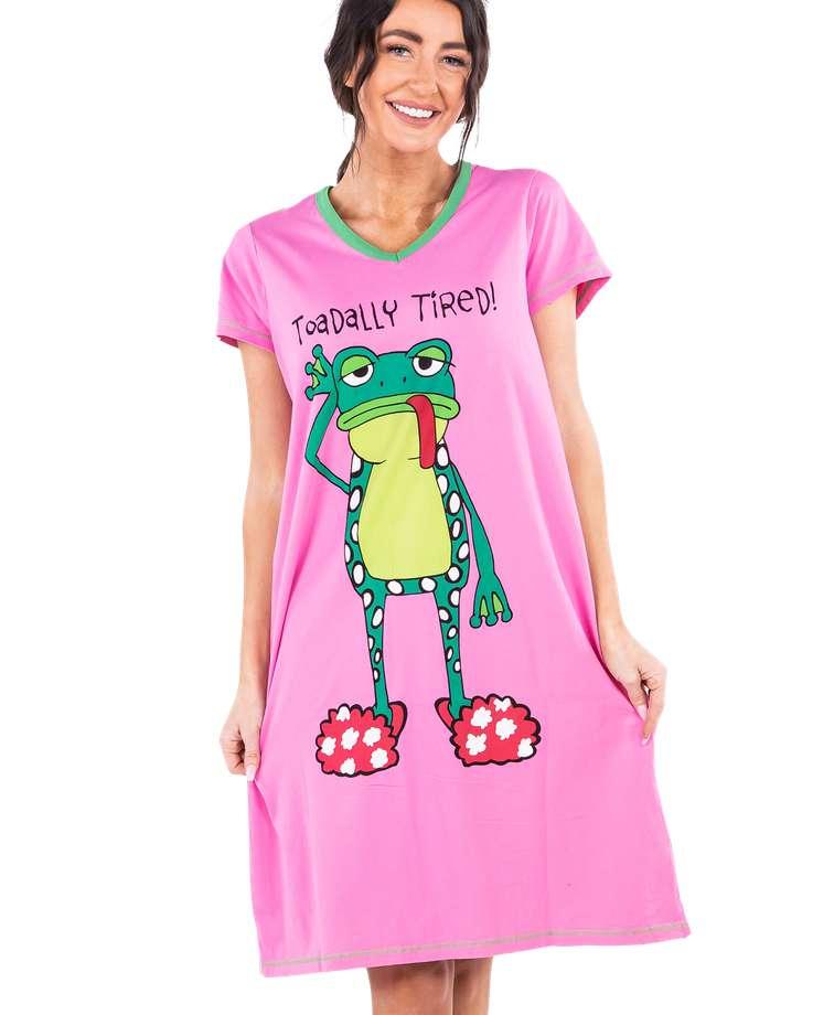 Toadally Tired Women's V-neck Nightshirt
