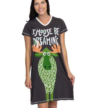 I Moose Be Dreaming Women's V-Neck Nightshirt