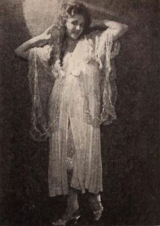Gladys_Walton_-_Nov_1920_ExhibitorsHerald.jpg