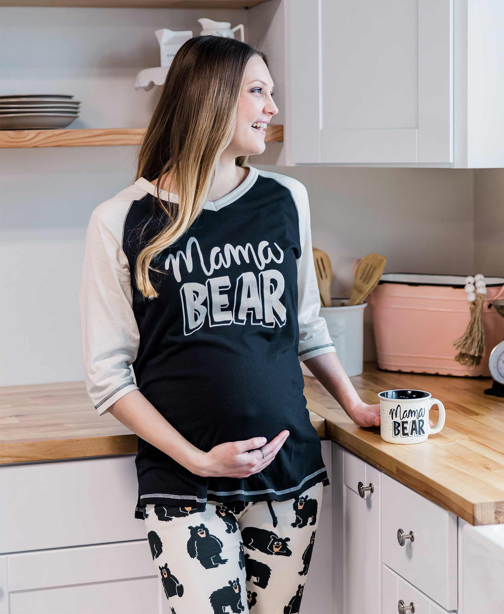 Mama Bear Relaxed Fit Long Tee Misses XL /& Plus